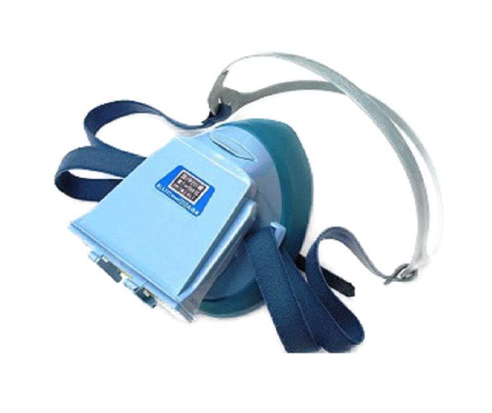 Nhà sản xuất:Blue eagle  Nước sản xuất:Đài Loan  Tiêu chuẩn chất lượng:TCVN 3741- 82  Chất liệu:nhựa và màng poly, pin lọc hoạt tính  Tính năng:Chống bụi, vi khuẩn, độc  Màu sắc:Màu đen, vàng  Môi trường:Môi trường có không khí bị ô nhiễm, nhiễm khí độc, nhiều bụi  Loại:1 Phin